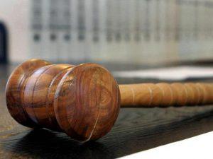 verwaltungsgericht-dresden-extremismusklausel-ist-rechtswidrig-pirnaer-verein-akubiz-erhaelt-recht_artikelquer